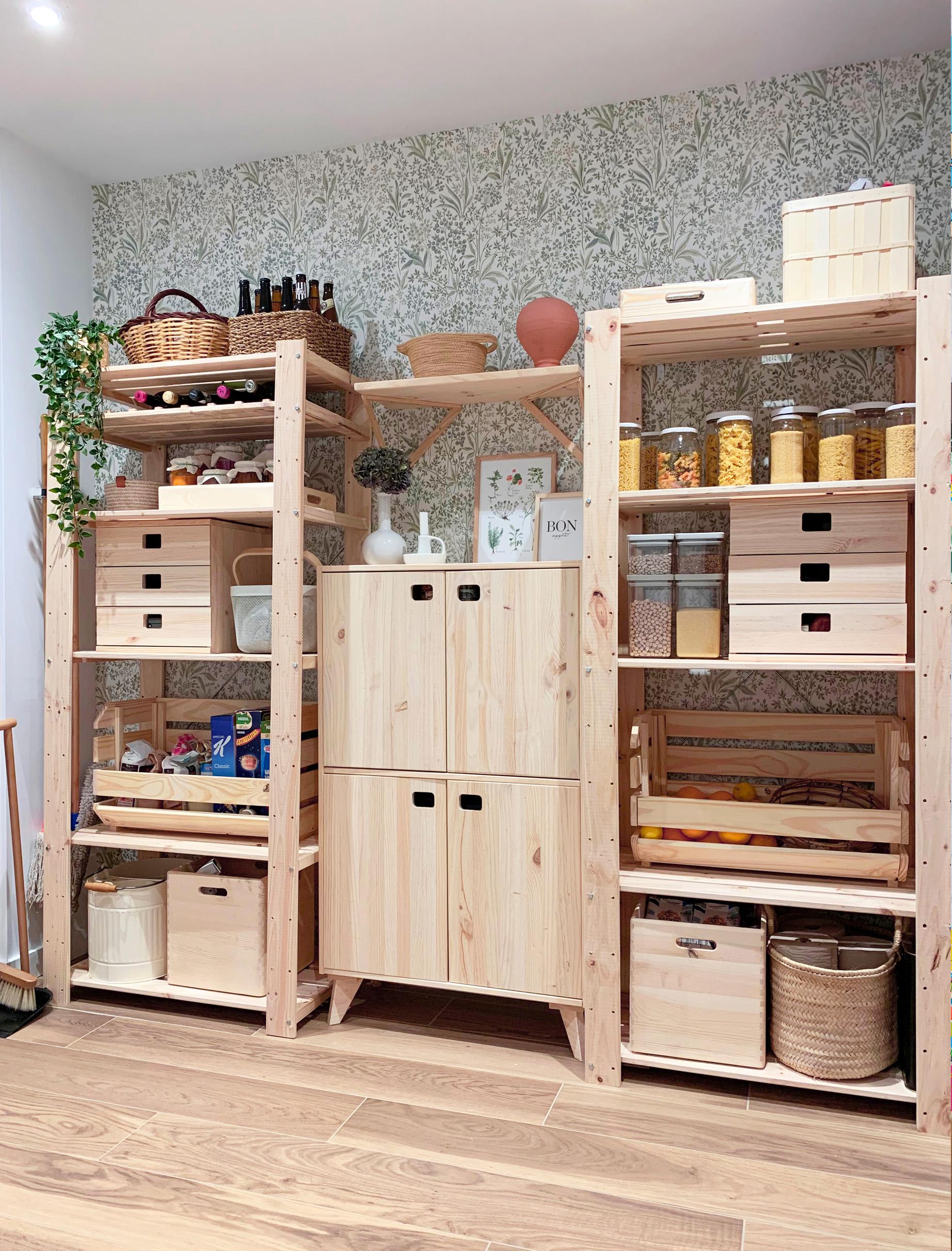 Muebles de madera de pino natural para la despensa